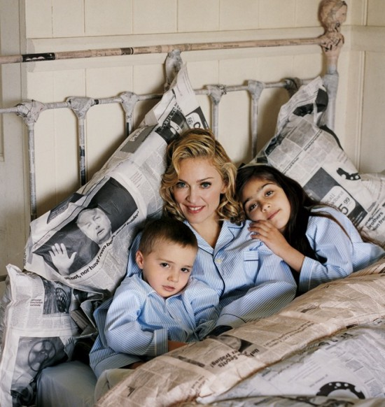 madonna-lourdes-leon-and-rocco-ritchie-photographed-by-tim-walker-for-vogue-august-20051