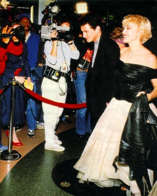 madonna-sean-penn-at-close-range-premiere-1