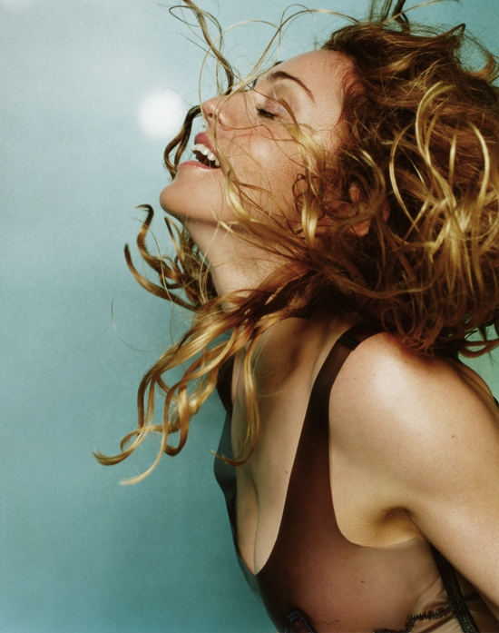 madonna-ray-of-light-mario-testino 550