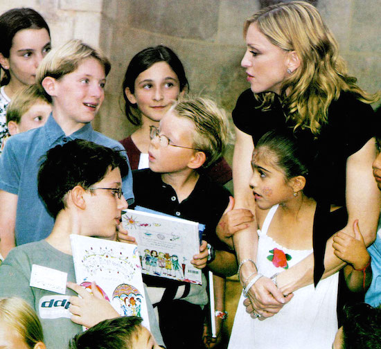 madonna-english-roses-gallimard-paris-3