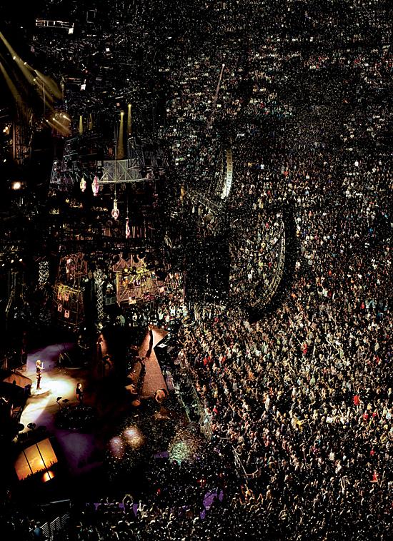 Madonna Los Angeles Sept 13 2001 550