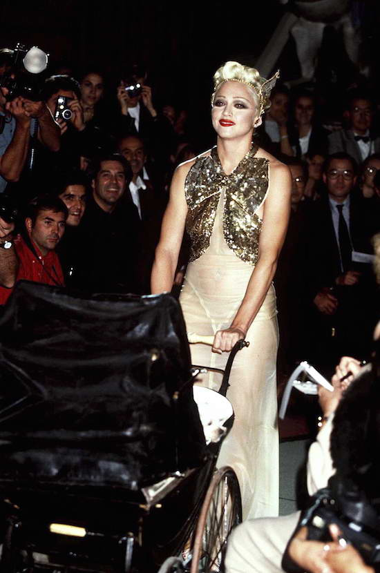 madonna-jean-paul-gaultier-october-15-1994-4