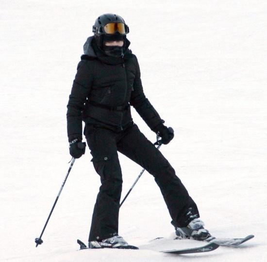 madonna-skiing-gstaad-1