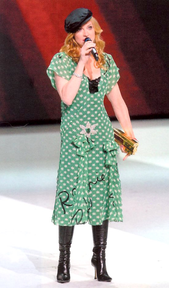 madonna-nrj-awards-2004-2
