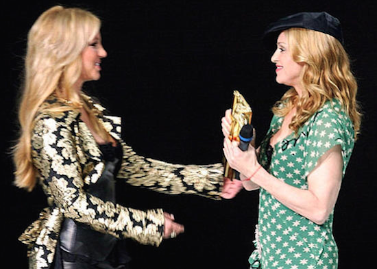 madonna-nrj-awards-2004-5