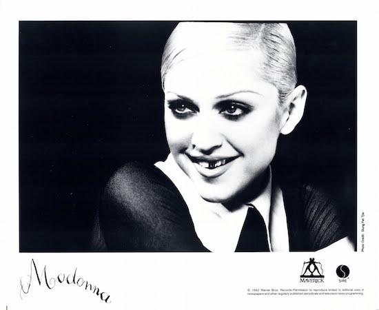 maverick-records-april-1992-2