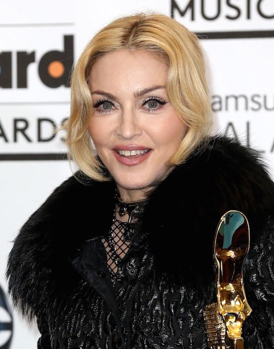 m-billboard-music-awards-2013-5