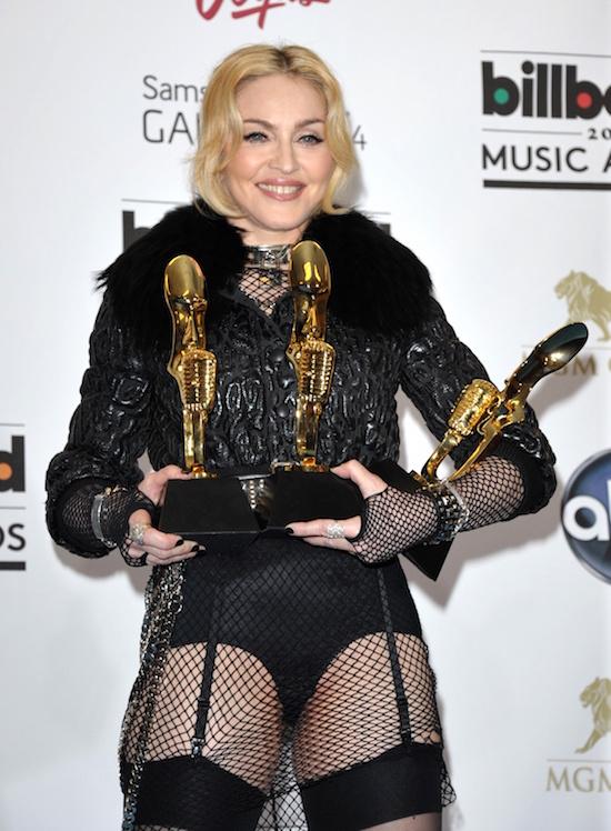m-billboard-music-awards-2013-7